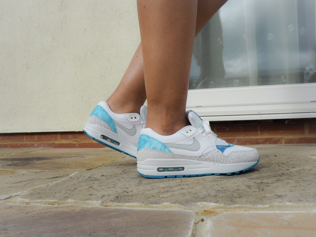 nike-clear-water-air-max-1-trainers