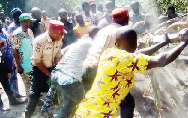 Five Burnt To Death As Diesel-Laden Tanker Detaches, Explodes In Ogun