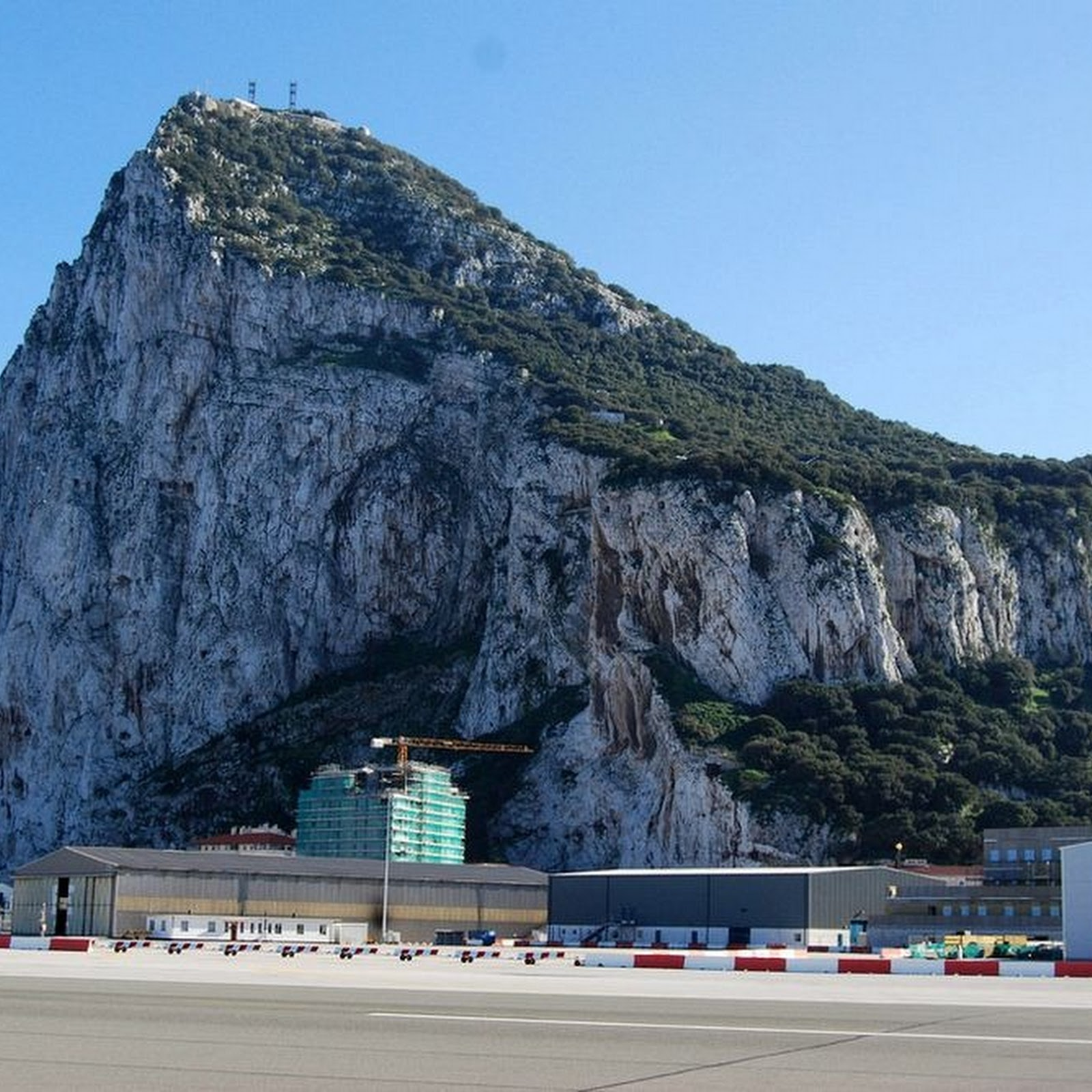 The Secret Plan To Bury Soldiers Alive Inside The Rock Of Gibraltar