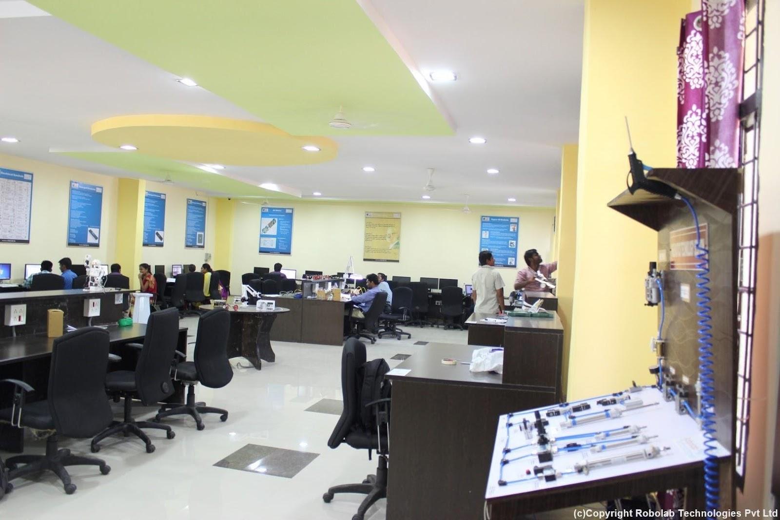 Marri Laxman Reddy Institute of Technology, Hyderabad Robolab (10).jpg