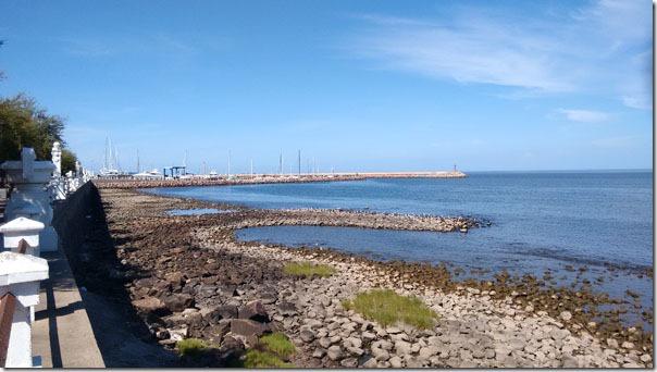 lado-esquerdo-da-praia-de-piriapolis