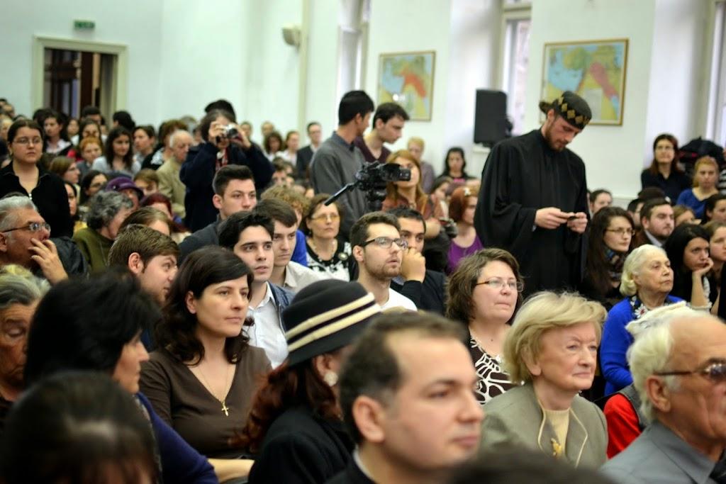 Conferinta Despre martiri cu Dan Puric, FTOUB 012