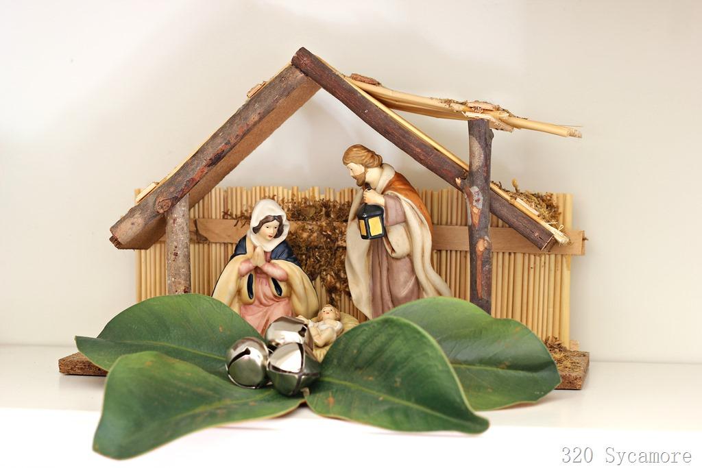 [magnolia-nativity2]
