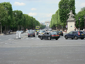 Gee, can you guess what street this is?  Champs Elysees looking toward the Arc de Triomphe.  Crazy traffic.