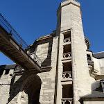 Château de Vincennes : châtelet, escalier
