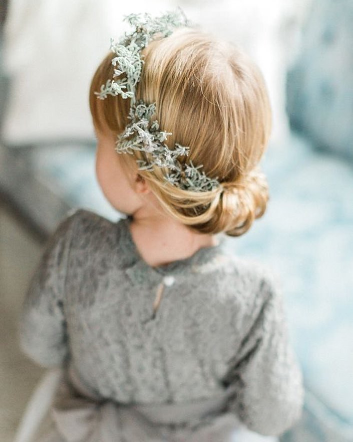 Adorable-Easy flower girl hairstyles, Don't miss the post. 2