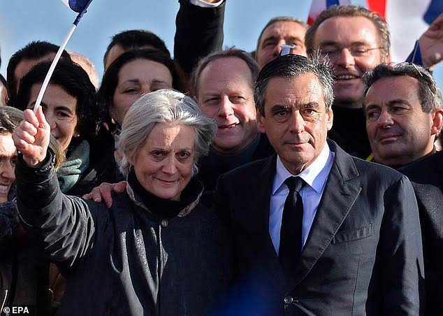 Former French prime minister, François Fillon and his wife sentenced to jail for embezzling public funds, SD news blog, shugasdiary, SD group of companies, Abuja Nigeria, legit Nigerian news