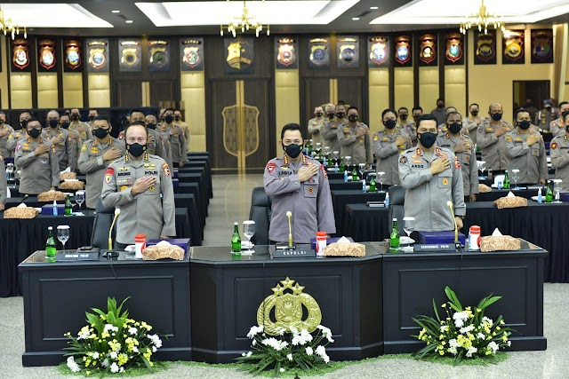 Kapolri Minta Pertahankan Kepercayaan dan Kepuasan Publik di Rakernis 4 Divisi'