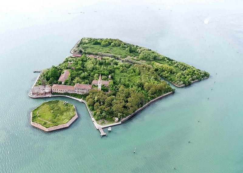 The Plague Island of Poveglia | Amusing Planet