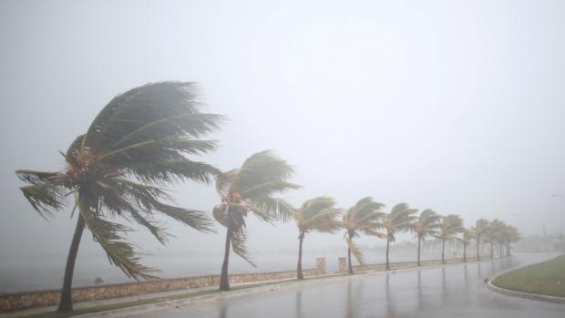 Ο τυφώνας Ίρμα χτυπάει την Φλόριντα [εικόνες – video – live]