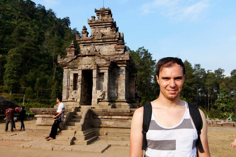 Un templo en Gedong Songo