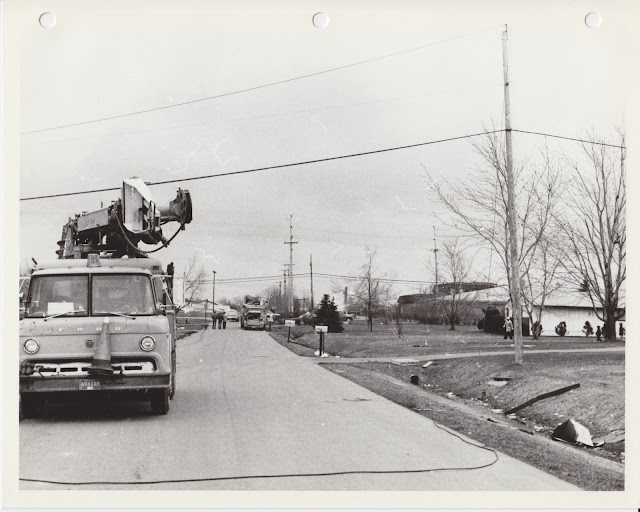 1976 Tornado photos collection - 24.tif