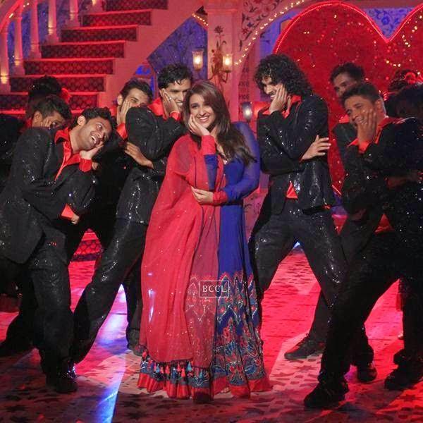 Parineeti Chopra during Zee TV's Eid special show, Dawaat-E-Eid. (Pic: Viral Bhayani)