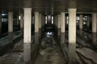 Imagen de El País. Depósito de aguas pluviales del parque Joán Miró