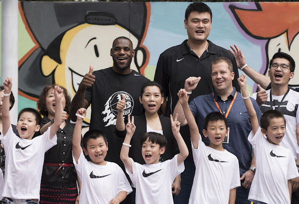 King James Wears Rise LeBron Soldier 9 in Shanghai