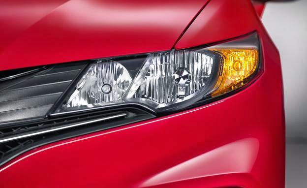 2014 honda civic coupe headlight photo 551065 s 624x382 مواصفات هوندا سيفيك 2014 مع صور و الاسعار