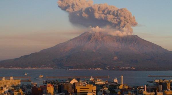 Sakurajima-entre-os-vulcoes-ativos-mais-perigosos-do-mundo