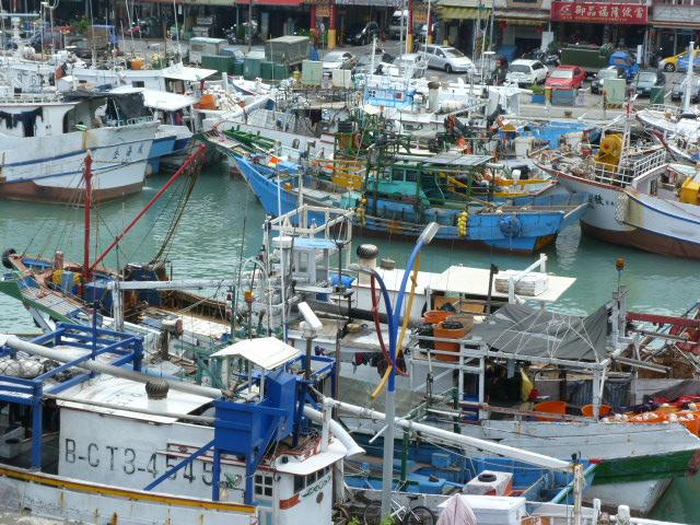 TAIWAN .Le port de SU AO - P1090122.JPG