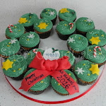 Cupcake wreath 4.JPG
