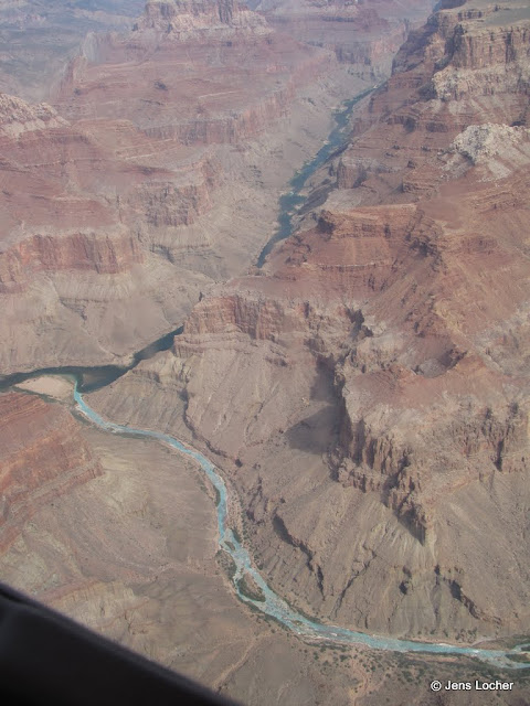 2010 - SX10_1030_Flight.JPG