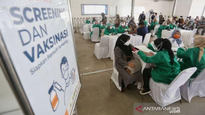 Target Jokowi Tercapai, Pemprov DKI Kini Targetkan 11 Juta Warga Divaksin pada September