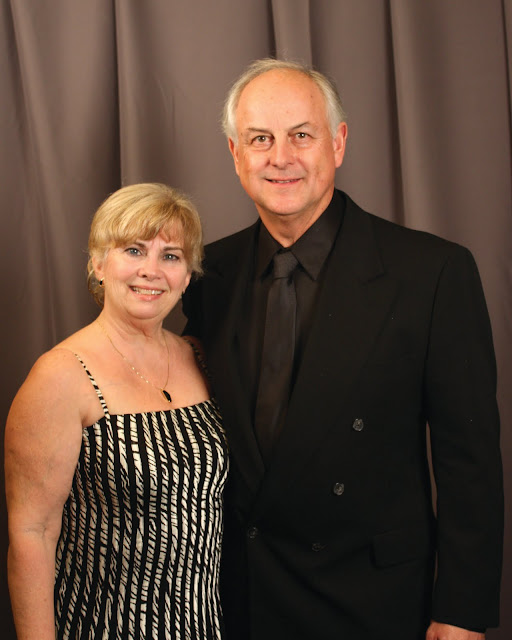 2010 Commodores Ball Portraits - Couple13A.jpg