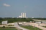 Das 'VAB' (Vehicle Assembly Building), in dem die Raketen zusammengebaut wurden (durch die Tore passt die Freiheitsstatue problemlos durch)