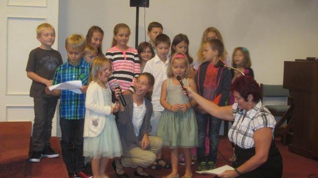 Pierwsza msza sw. z dziecmi ks.Wieslaw Berdowicz - zdjecia E. Gurtler-Krawczynska  - IMG_8288.jpg