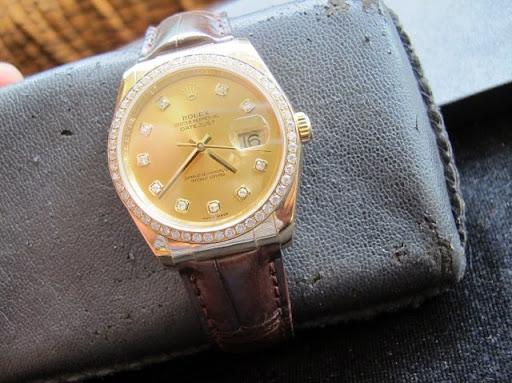 Bán đồng hồ rolex datejust 116138 – vỏ vàng 18k – dây da – mặt hạt xoàn – vành hạt – size 36mm