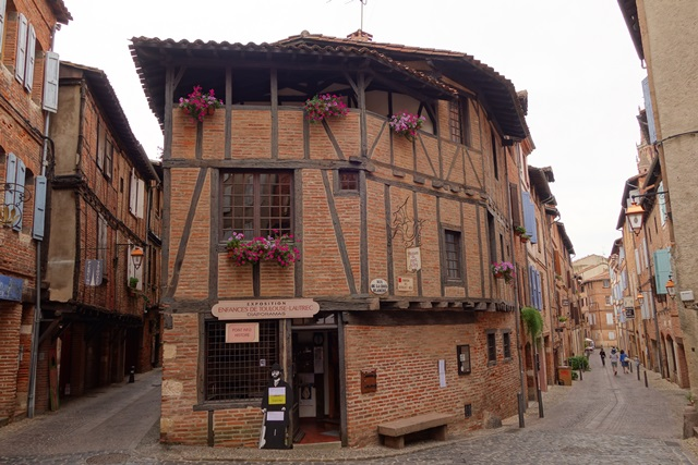 Maison du Vieil Alby - Маршрут по Альби: кварталы Castelviel - Castelnau – Bourg Saint-Salvi