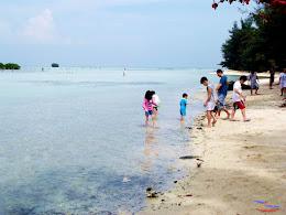 family trip pulau pari 140716 Fuji 037