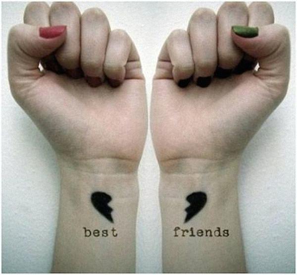 par_de_tatuagens