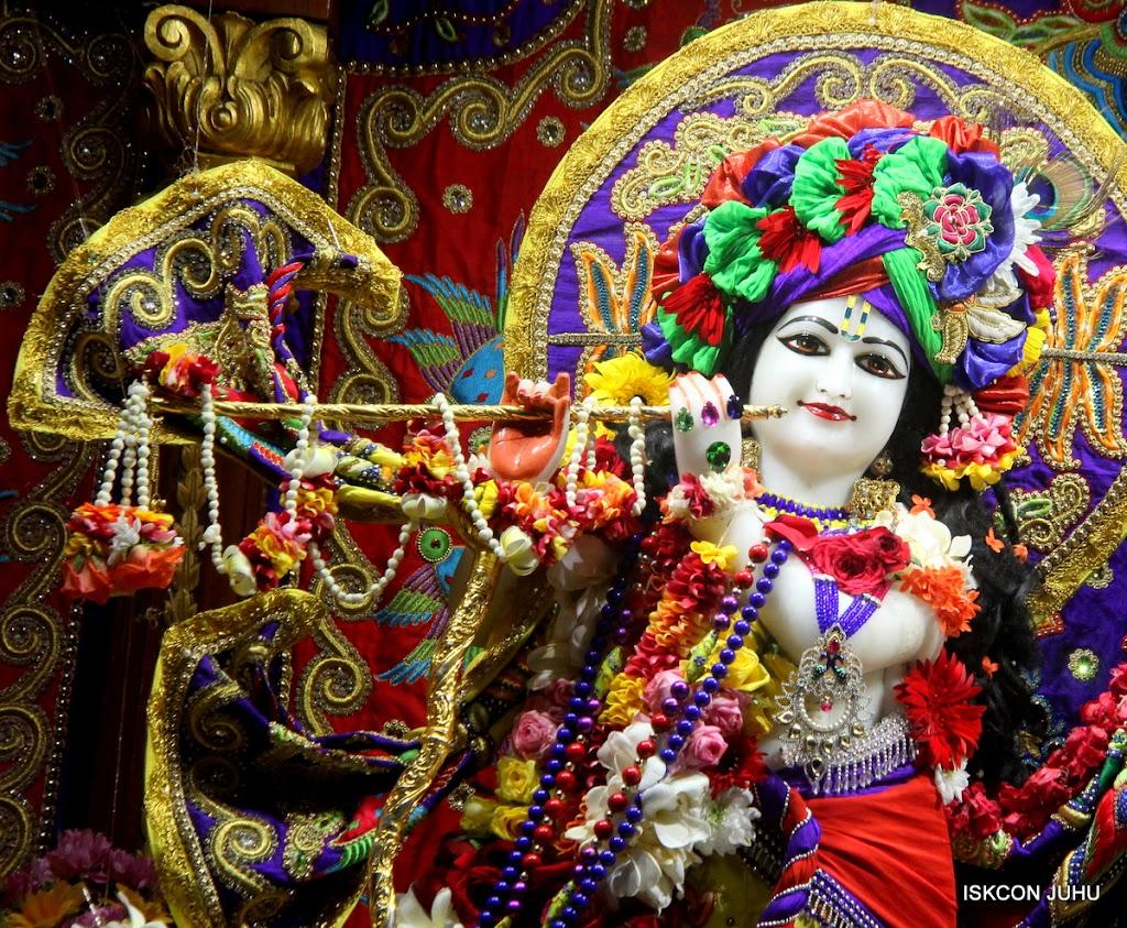 ISKCON Juhu Sringar Deity Darshan on 31st July 2016 (13)