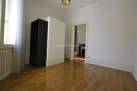 Location appartement 5 pièces 98,25 m2