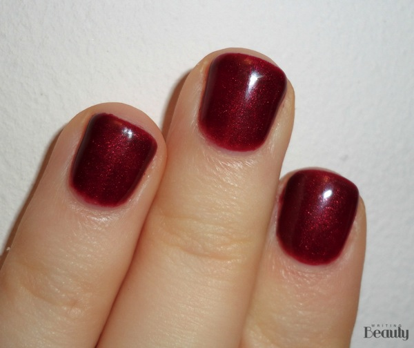 OPI Bogota Blackberry Gel Review 2