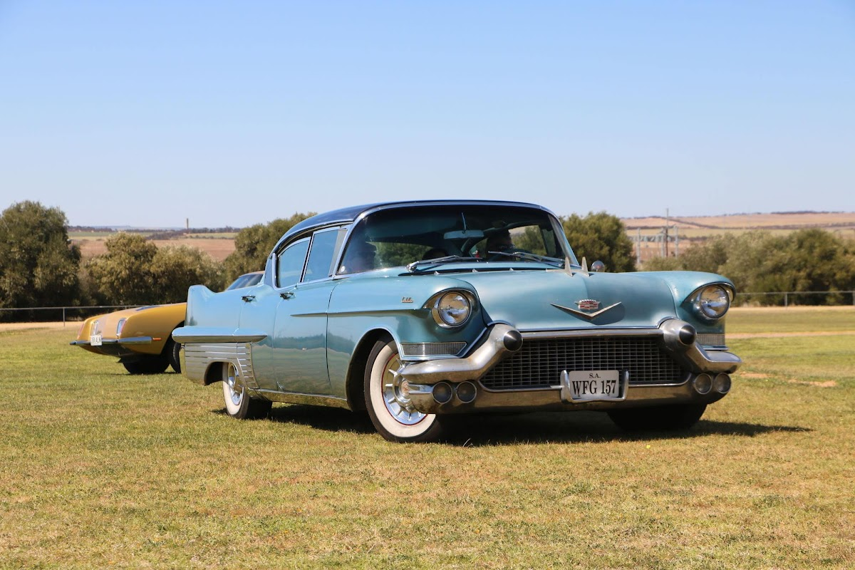 Cadillac (15).jpg