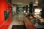 cucina  Valcucine Artematica Vitrum con ante  in vetro temperato e piano in vetro temperato.