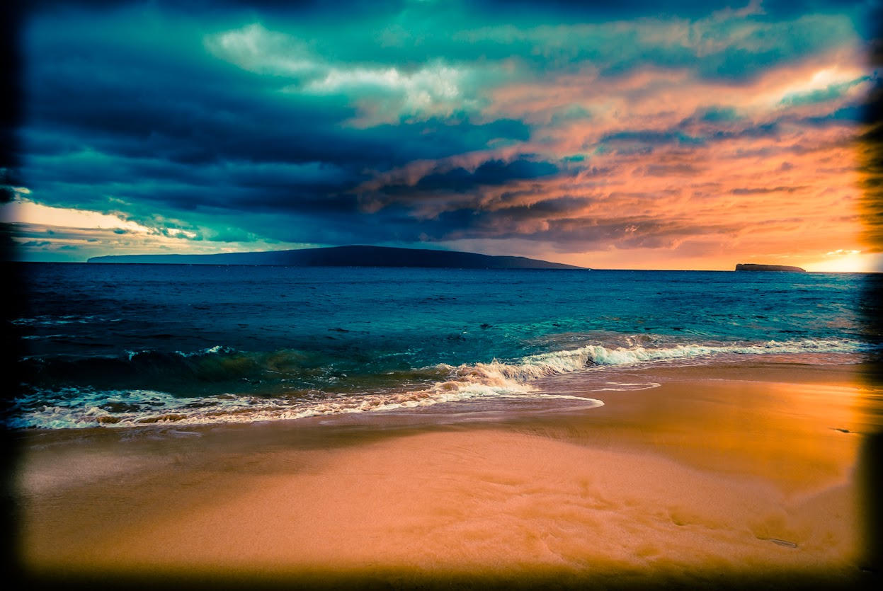 Travel Photography, Sunset, Beach, Nature, Hawaii, Maui, Makena Beach, Molokini Island Preserve
