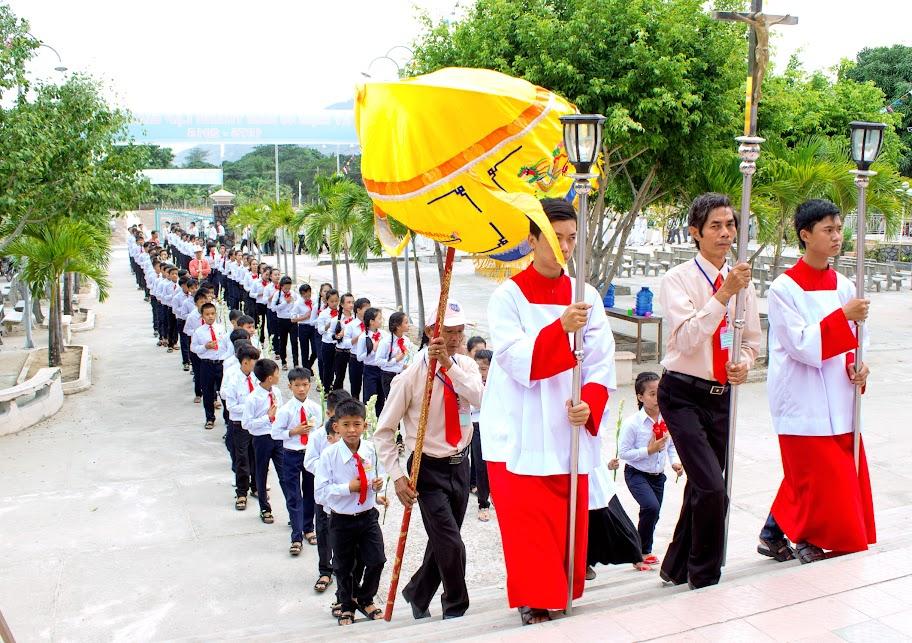 Thánh lễ kỷ niệm 40 năm thành lập Giáo xứ Vĩnh An 25.07.1975 - 25.07.2015 và ban bí tích Thêm sức