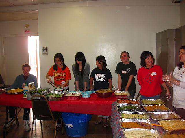 2010 Feeding the Homeless - Walteria - IMG_3132.JPG