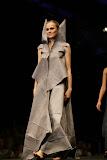 – presentace nastavení 1 sec.ZIMA -PRINCEZNY finále Top Styl Designer 2006 UNIVERSE VERSE UNI -střih bezezbytku - společenský oděv