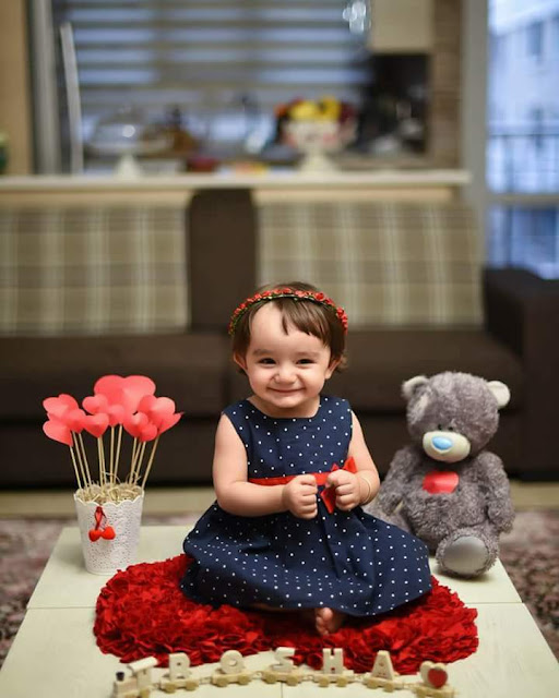 Cute baby girl wallpapers 2017