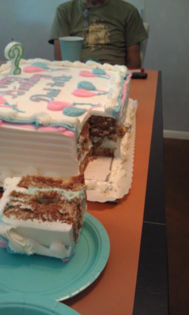 Nadine's Bakery Bakes a Great Cake!