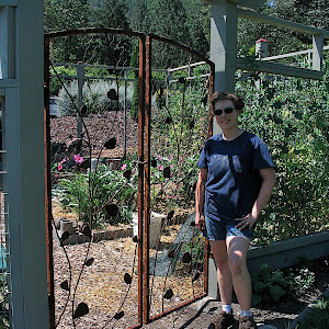 OR: Cheryl Garcia Garden Gate 7/2/05
