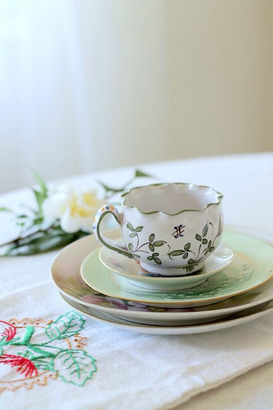 Vintage Keepsakes Teacup