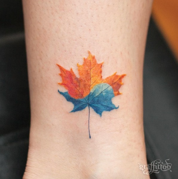Este multi-coloridas maple leaf