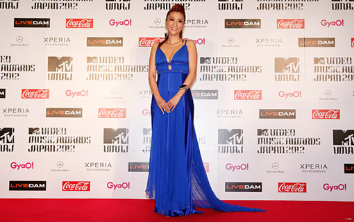 DJ Kaori on the red carpet | MTV Video music awards Japan 2012