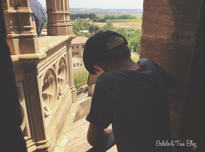 Niños en el Palacio Real de Olite Navarra