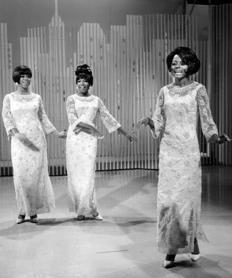 The_Supremes_1966.JPG