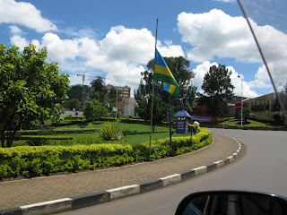 Alle vlaggen in de stad half stok